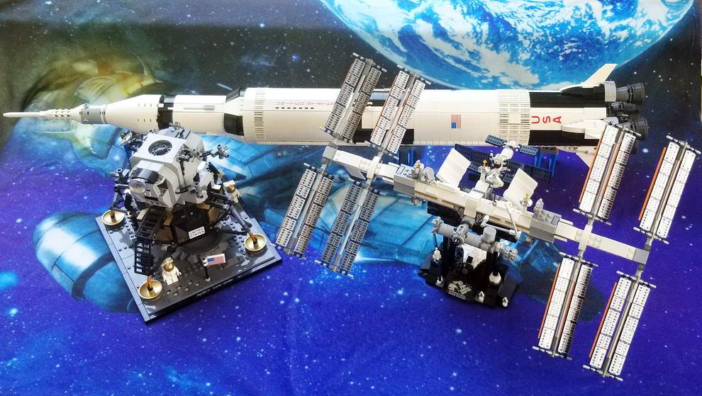 Lego Nasa Models, Lunar Lander, Saturn V, ISS