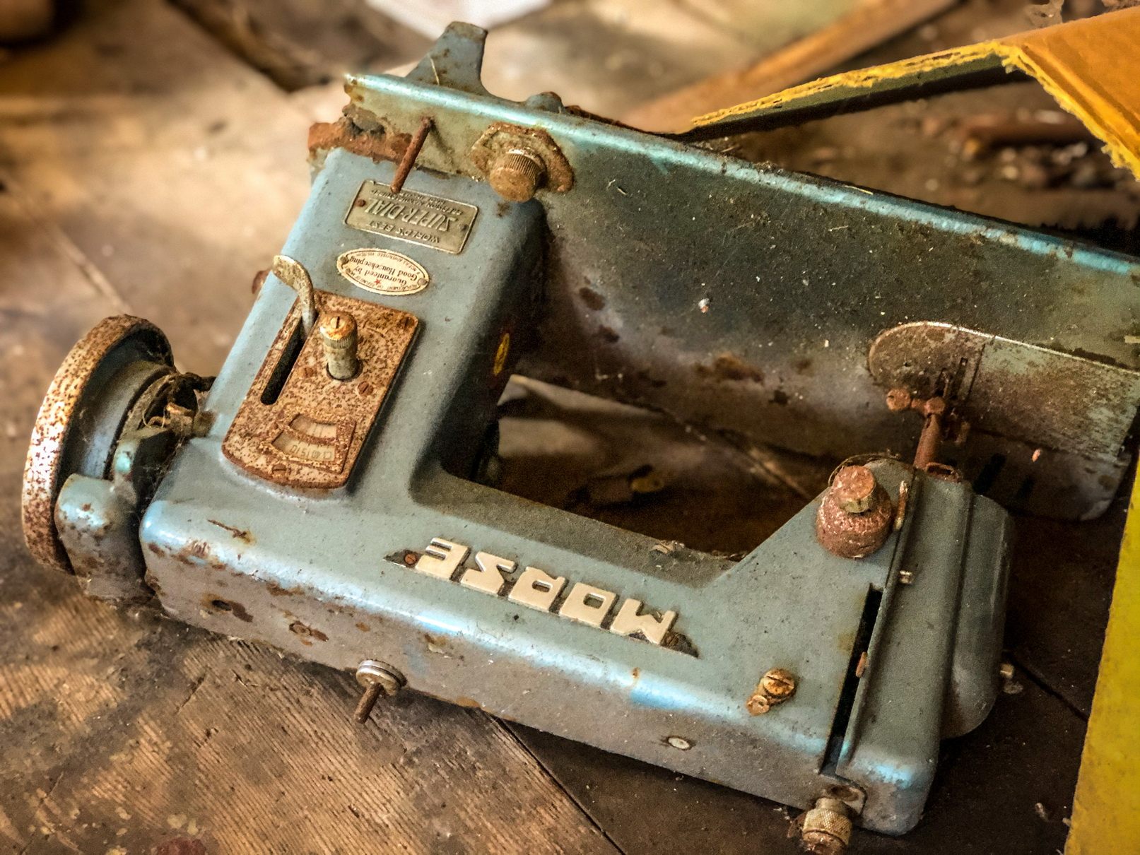 gallery old sewing machine