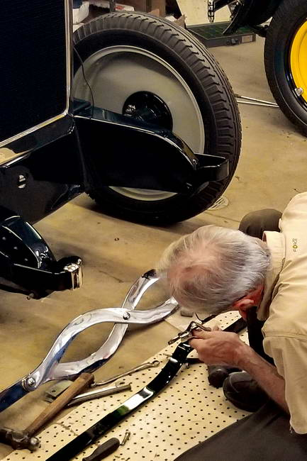 Installing a Front Bumper on the Model 25 Gray-Dort
